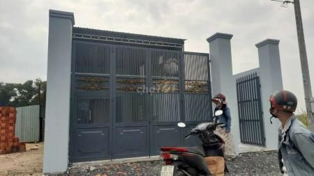 Cho thuê nhà mới tại đường Nguyễn Kim Cương xã Tân Thuận Đông huyện Cũ Chi, có thể làm kho xưởng, 196m2, 1 phòng ngủ, 1 toilet