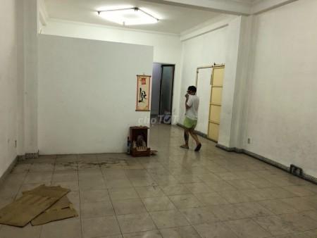 Nhà nguyên căn siêu rộng ngang 5.5m dài 20m, Hxh 311 Trần Phú, Quận 5, 125m2, 9 phòng ngủ, 6 toilet