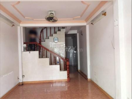 Cần cho thuê căn nhà mặt tiền có thể ở và kinh doanh rất thuận tiện. Giá cực ưu đãi mùa dịch, 46m2, 4 phòng ngủ, 4 toilet
