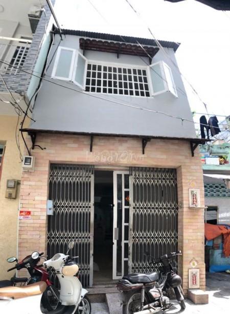 Nhà nguyên căn cho thuê tại Hàn Hải Nguyên, Quận 11. Dt 4m x 17m, 70m2, 3 phòng ngủ, 3 toilet