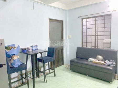 Nhà mới đẹp tại Tôn Thất Thuyết, Quận 4. Có 2 tầng, 2 phòng ngủ, 40.7m2, 2 phòng ngủ, 3 toilet