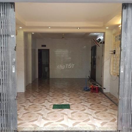 Cho Thuê Nhà Nguyên Căn Quận 11 - Mặt Tiền Nội Bộ - Gần Pakson Flemington, 40m2, 1 phòng ngủ, 2 toilet