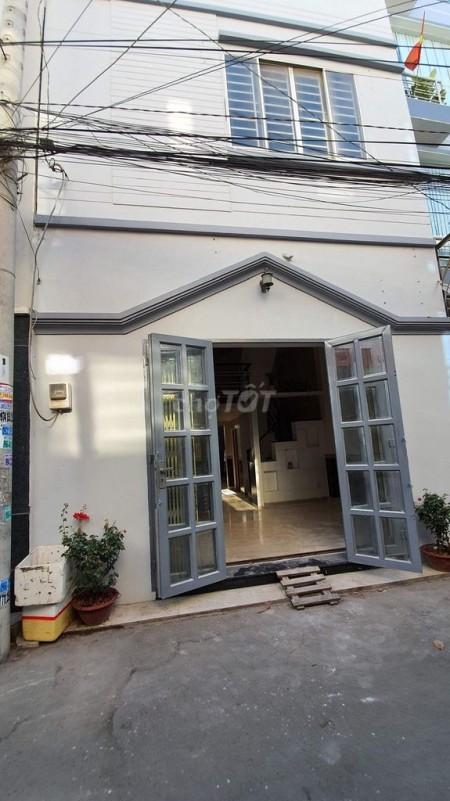 Cho thuê nhà nguyên căn hẻm xe hơi tại đường Tam Bình Thủ Đức. Nhà đúc 1 trệt 1 lững cho thuê 8,5tr/tháng, 62m2, 3 phòng ngủ, 2 toilet