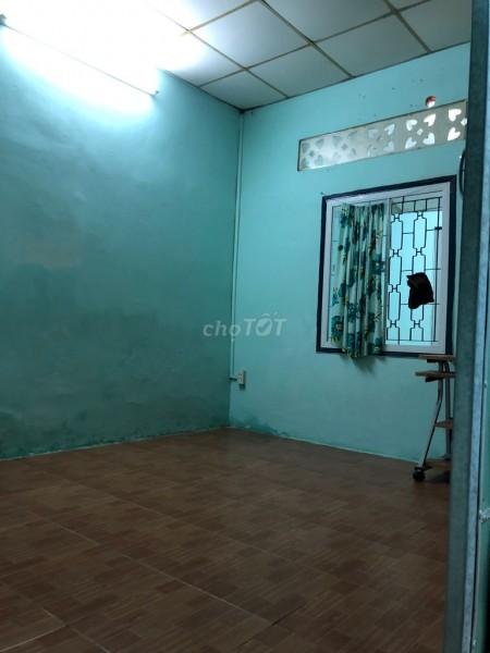 Nhà cấp 4 nguyên căn 51m2, 2PN tại Lê Văn Việt Quận 9 gần Ngã 4 Thủ Đức, Cho thuê 5 triệu/tháng, 51m2, 2 phòng ngủ, 1 toilet