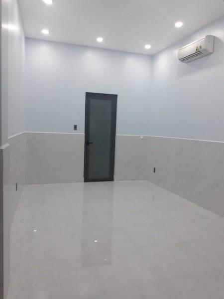 CHO THUÊ MẶT BẰNG NHÀ MẶT TIỀN VĨNH VIỄN - QUẬN 10, 60m2, , 1 toilet