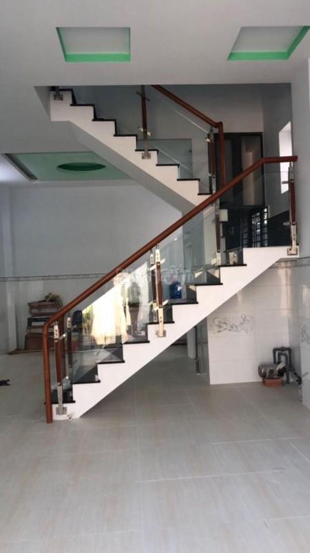 Cho thuê nhà nguyên căn 5m x 10m, tại Lý Chiêu Hoàng Phường 10, Quận 6, 50m2, 4 phòng ngủ, 3 toilet