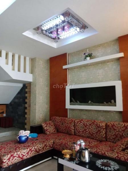 Nhà nguyên căn 5.5m x 25m, 1 trệt 2 lầu, 3 phòng ngủ, full nội thất tại Nguyễn Văn Quỳ, Phú Thuận, Quận 7, 100m2, 3 phòng ngủ, 4 toilet