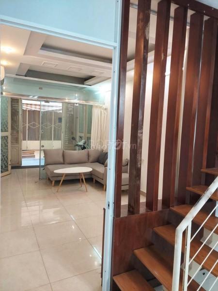 Cho thuê nhà nguyên căn cách mặt tiền Nguyễn Trí Phương 60m, 3 tầng và 1 sân thượng, 4PN, 34.4m2, 4 phòng ngủ, 3 toilet