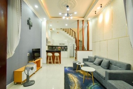 Nhà nguyên căn mới đẹp full nội thất tại 158/2A Hòa Hưng, Phường 12, Quận 10, 75m2, 3 phòng ngủ, 3 toilet