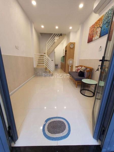 Cho thuê nhà hẻm Lý Thái Tổ, Quận 8 rông 38m2, 2 tầng, 2 PN, có sẵn đồ, giá 10 triệu/tháng, 32m2, 1 phòng ngủ, 2 toilet