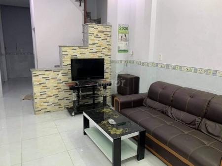 Cho thuê nhà nguyên căn đúc kiên cố 3 tấm, nhà hxh Phan Chi Trinh, Bình Thạnh, 125m2, 4 phòng ngủ, 3 toilet