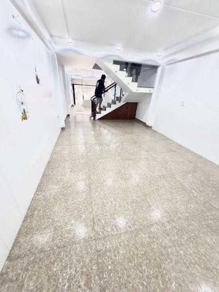 Nhà nguyên căn mới diện tích 125m2, 3 tầng tại 282C Nguyễn Trọng Tuyển, Phú Nhuận, 125m2, 4 phòng ngủ, 4 toilet