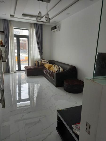 Cần cho thuê nhanh căn nhà mới xây, sạch đẹp, diện tích 4m x 15m tại Nguyễn Đình Chiểu, Quận 3, 60m2, 3 phòng ngủ, 4 toilet