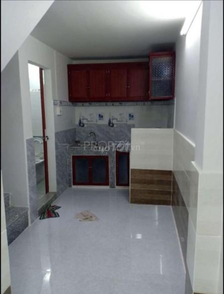 Có nhà đường Bà Hom, Quận 6 cần cho thuê dtsd 34m2, giá 7.8 triệu/tháng, 3 tầng, rộng thoáng, 34m2, ,