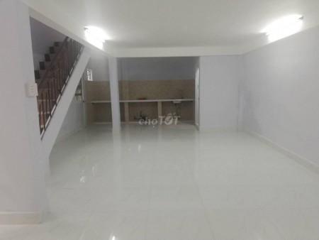 Cho thuê nhà nguyên căn, 50m2 ( 5m x 10m ), 3Pn ngay trung tâm Quận 10, 50m2, 3 phòng ngủ, 2 toilet