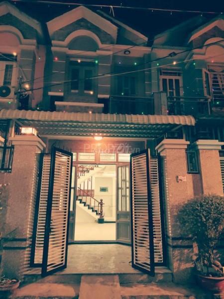 Cho thuê nhà nguyên căn 1 trệt 1 lầu, 64m2 gần chợ Vườn Lài, hẻm ô tô vào trước nhà, 64m2, 2 phòng ngủ, 3 toilet