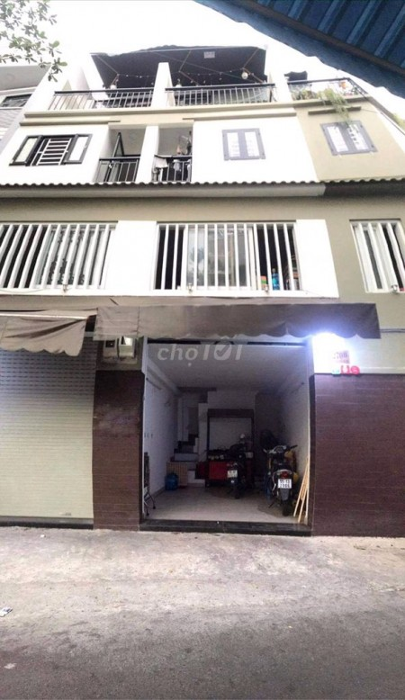 Cho thuê nhà rộng 120m2, đúc bê tông, 1 trệt, 1 lầu, giá 13 triệu/tháng, đường Trường Sa, Phú Nhuận, 120m2, 2 phòng ngủ, 2 toilet
