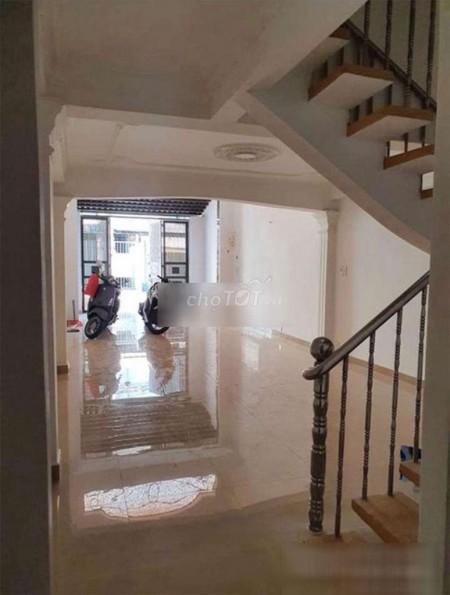 Cần cho thuê nhà nguyên căn mặt tiền đường Đình Tân Khai, 3 tầng, 4 phòng ngủ, 72m2, 4 phòng ngủ, 3 toilet