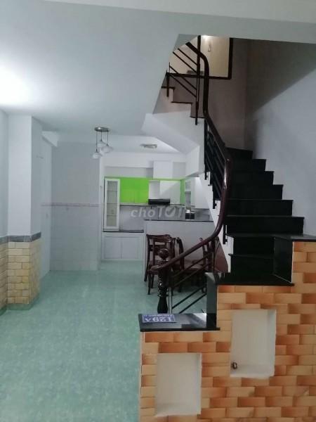 Cho thuê nhà nguyên rộng 129m2, đc 29 Bà Huyện Thanh Quan, Quận 3, giá 22 triệu/tháng, 129m2, 4 phòng ngủ, 3 toilet