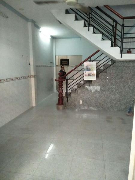 Hẻm Võ Văn Vân, Bình Chánh cần cho thuê nhà rộng 40m2, 1 trệt, 1 lầu, giá 4 triệu/tháng, 40m2, 2 phòng ngủ, 2 toilet