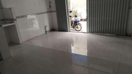 Có nhà hẻm 334/8 Chiến Lược, Bình Tân cần cho thuê nhà rộng 40m2, 2 tầng, giá 5.5 triệu/tháng, 50m2, ,