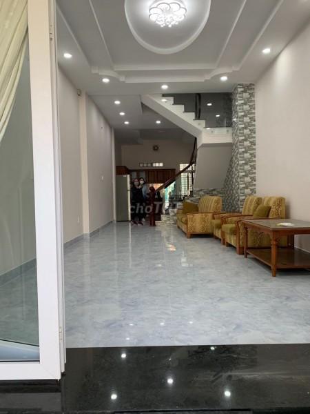 Cho thuê nhà nguyên căn tại Đường số 31, Tân Phong Quận 7. Dt 4m x 18m, 3 lầu, có nội thất, 76m2, 4 phòng ngủ, 5 toilet