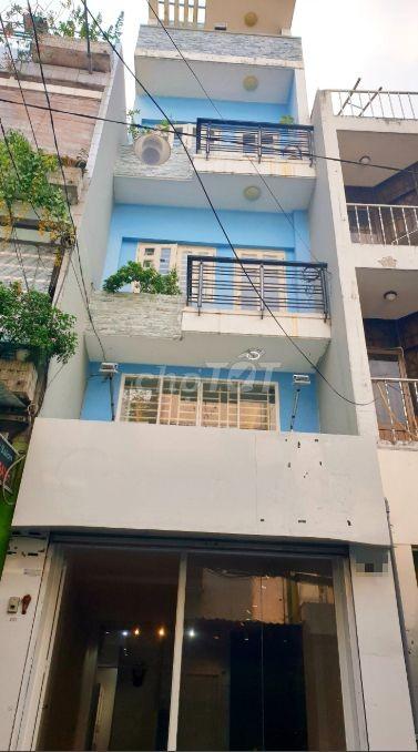 Nhà nguyên căn cần cho thuê 3 tầng, 40m2 tại hẻm xe tải Nguyễn Thiện Thuật Quận 3, 40m2, 3 phòng ngủ, 3 toilet