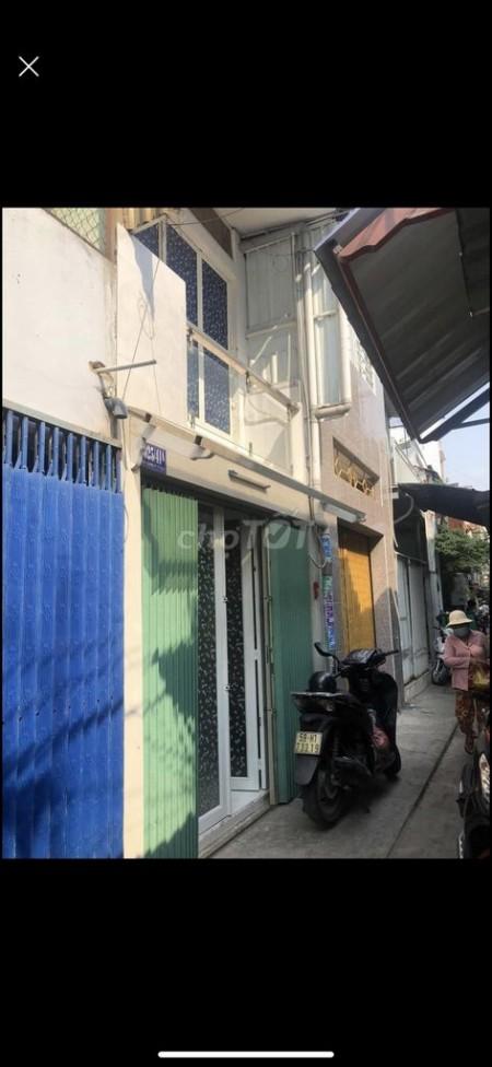 Nguyên căn riêng biệt 1 trệt 1 lầu, 3m x 8m, thích hợp ở gia đình khu an ninh, sạch sẽ, 24m2, 2 phòng ngủ, 1 toilet