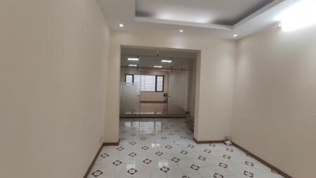 Chính chủ cho thuê nhà, thiết kế tầng 1-2 làm văn phòng, hiện đại, tiện nghi., 100m2, 5 phòng ngủ, 6 toilet