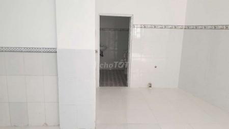 Có nhà rộng 32m2 (4mx8m) cần cho thuê giá 5 triệu/tháng, đường Ao Đôi, Quận Bình Tân, 32m2, ,