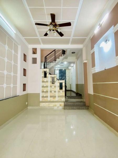 Cần cho thuê nhà nguyên căn 80m2, 1 trệt 2 lầu và 1 sân thượng tại Phú Thuận Quận 7, 80m2, 5 phòng ngủ, 5 toilet