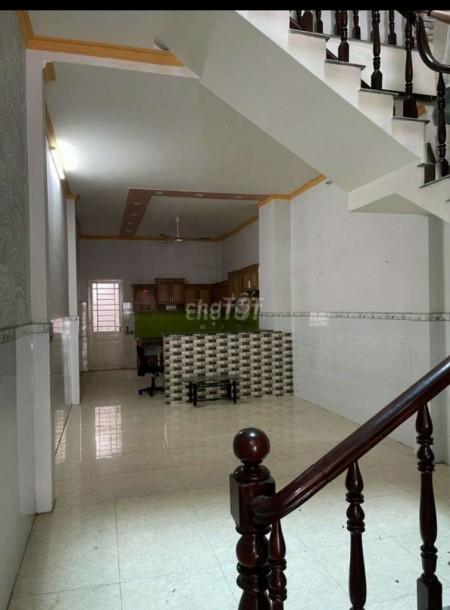 Cho thuê nhà nguyên căn tại đường DC, Sơn Kỳ, Tân Phú. 100m2, 4m x 25m, 100m2, 5 phòng ngủ, 4 toilet
