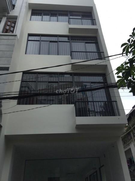Cho thuê nhà nguyên căn ngay Hai Bà Trưng trung tâm Quận 1. Dt 80m2, 4PN, 80m2, 4 phòng ngủ, 4 toilet