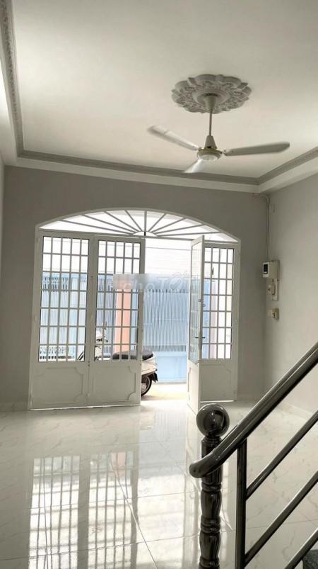 Cần cho thuê căn nhà mới toanh trên đường Dạ Nam, Phường 2, Quận 8, 61m2, 3 phòng ngủ, 3 toilet