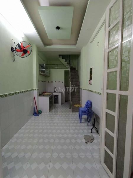 Cho thuê nhà nguyên căn đường Đoàn Văn Bơ, Phường 10, Quận 4, 30m2, 2 phòng ngủ, 3 toilet