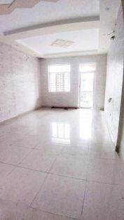 Nhà cho thuê nguyên căn nhanh lẹ giá rẻ tại Dương Bá Trạc, Quận 8, 60m2, 3 phòng ngủ, 3 toilet