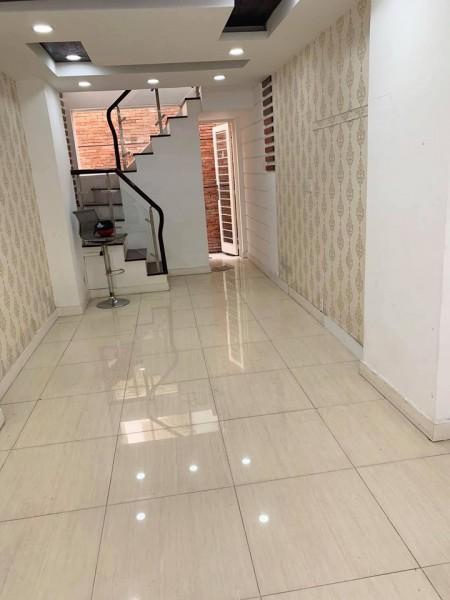 Cho Thuê Nhà Đẹp Đường Đường Nguyễn Cảnh Chân, P.Cầu Kho, Quận 1, 30m2, 3 phòng ngủ, 4 toilet