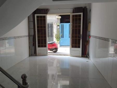 Nhà mới đẹp trệt lửng lầu gồm 3 phòng ngủ, 2 toilet, dt: 4x8m, có nội thất., 32m2, 3 phòng ngủ, 2 toilet
