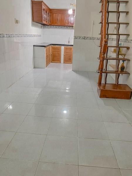 Cần cho thuê nhà nguyên căn 2 lầu 1 trệt nhà hẻm đường Trần Xuân Soạn Quận 7, 50m2, 2 phòng ngủ, 2 toilet