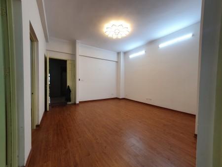 Biệt thự Mỹ đình 2 , dt 180m2, giá 32tr/th có thỏa thuận, 180m2, 5 phòng ngủ, 4 toilet