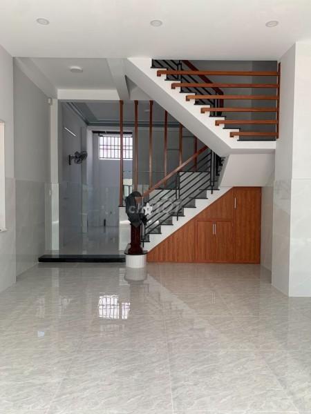 Nguyên căn hẻm Phú Thọ Hoà, Quận Tân Phú cần cho thuê nhà 75m2, 1 trệt, 2 lầu, giá 17 triệu/tháng, 75m2, ,