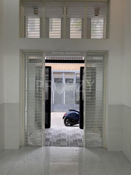 Cần cho thuê nhà 3 tầng rộng 84m2, kiến trúc đẹp, giá 12 triệu/tháng, mt Huỳnh Văn Bánh, Phú Nhuận, 36m2, ,