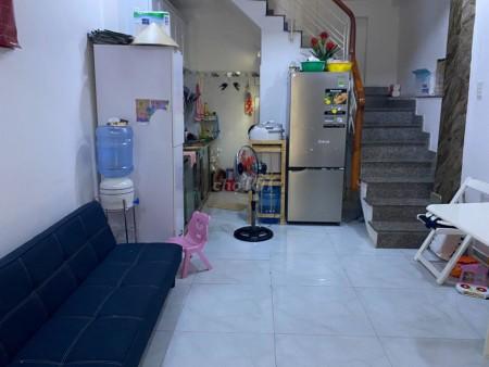 Mình cần cho thuê nhà hẻm 68 Trần Quang Khải, Quận 1, 3 tầng đúc kiên cố, giá 12 triệu/tháng, 25m2, ,