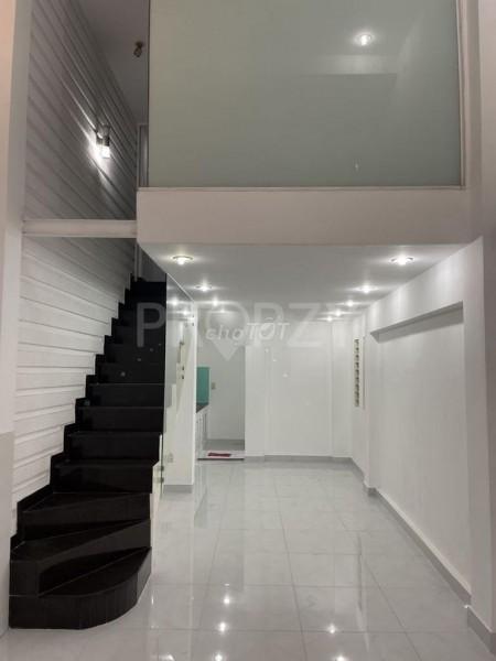 Huỳnh Văn Bánh, Quận Phú Nhuận cần cho thuê nguyên căn rộng 84m2, 3 tầng, giá 12 triệu/tháng, 36m2, ,
