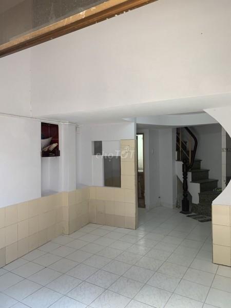 Mình cần cho thuê nhà rộng 60m2, 1 trệt, 3 lầu, giá 8 triệu/tháng, hẻm Xô Viết Nghệ Tĩnh, Bình Thạnh, 28m2, ,
