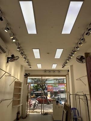 Cho thuê cửa hàng phố Hồ Tùng Mậu làm văn phòng đại diện, shop thời trang, mỹ phẩm, shop quà tặng, giầy dép, hoa tươi, 60m2, ,