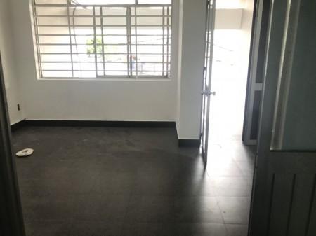 cho thuê nhà hẻm xe Phan Đăng Lưu phường 3 Phú Nhuận, 70m2, 4 phòng ngủ, 4 toilet