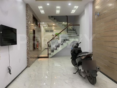 Nguyên căn chính chủ cho thuê rộng 50m2, 3 tầng đúc, giá 20 triệu/tháng, mt Điện Biên Phủ, Quận 10, 50m2, ,