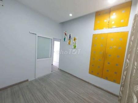 Có nhà hẻm Nguyễn Thị Thập, Quận 7 cần cho thuê giá 8 triệu/tháng, dtsd 32m2, LHCC, 80m2, ,