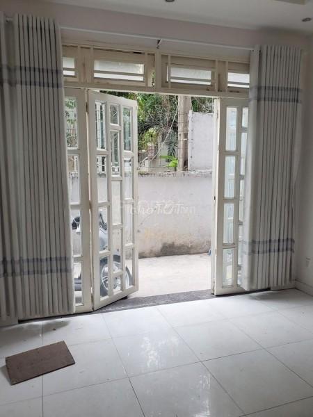 Khu dân cần cho thuê nhà rộng 160m2, 4 tầng, sân thượng, giá 16 triệu/tháng, hẻm Nguyễn Thị Huỳnh, 160m2, ,